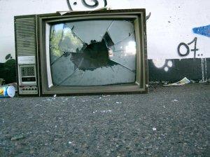 broken_television_by_samgoesdown